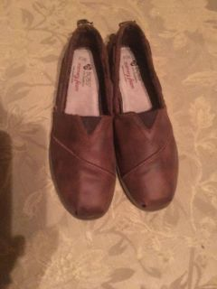 Brown Bobs size 7.5