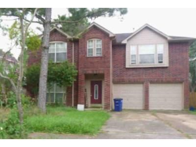 4 Bed 2.5 Bath Foreclosure Property in Dickinson, TX 77539 - Bay Breeze Dr