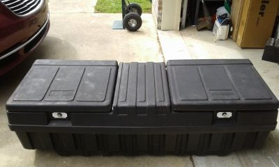 Double lid tool box 5ft x 21in