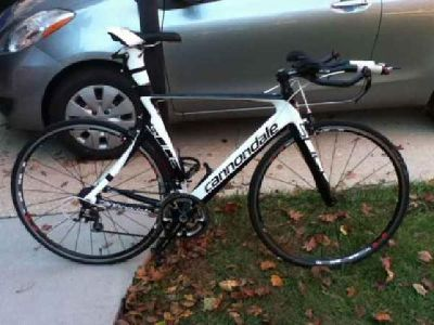$1,500 2012 CANNONDALE SLICE TRI BIKE 56CM (Columbia)