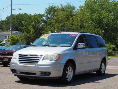 2008 Chrysler Town & Country Touring (Gray)