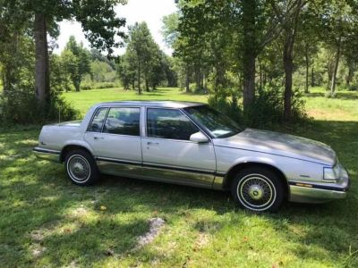 1989 Buick Electra Park Avenue (GRY)
