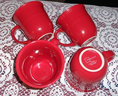 Set of 4 Red cups/mugs