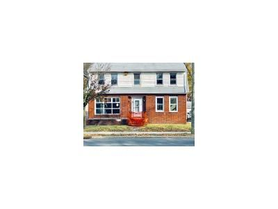 4 Bed 2 Bath Foreclosure Property in Williamstown, NJ 08094 - N Main St