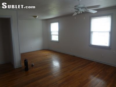 $975 2 townhouse in Gentilly