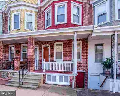 1604 N Union St Wilmington, Beautiful townhome with gleaming