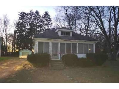 3 Bed 1 Bath Foreclosure Property in Athens, MI 49011 - S Capital Ave