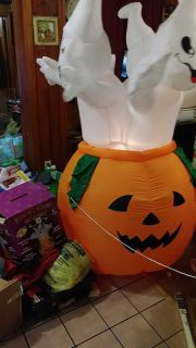 Large inflateable Rotating Ghosts light up 6foot tall