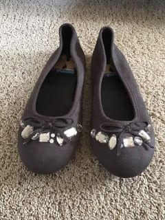 Liv and Maddie brown suede jeweled flats size 3, like new condition