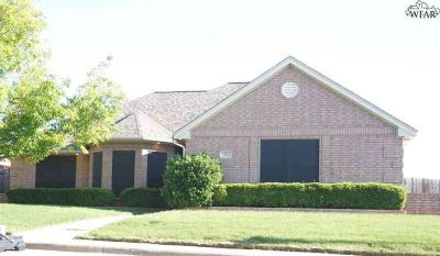 20 Cherokee Trail IOWA PARK Three BR, Just in time for the