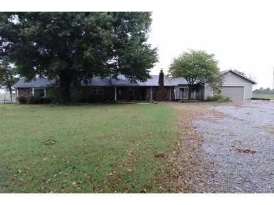 3 Bed 2 Bath Preforeclosure Property in Fort Gibson, OK 74434 - E Benge Rd