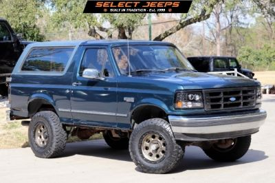 1995 Ford Bronco 105 WB XLT