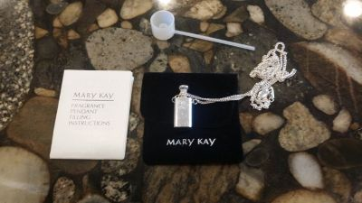 Mary Kay Fragrance Pendant