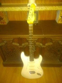 Rogue St - 3 by Squier