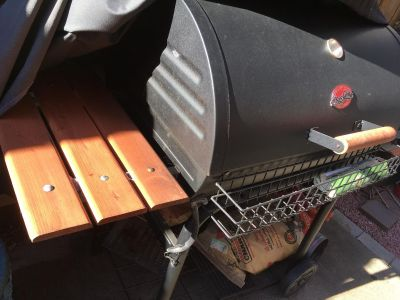 Charcoal grill and smoker