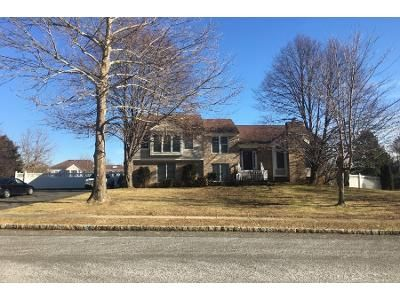 5 Bed 3 Bath Preforeclosure Property in Freehold, NJ 07728 - Tower Rd