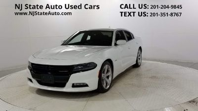 2017 Dodge Charger R/T (Bright White Clearcoat)