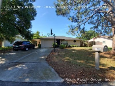 Centrally Located in Sarasota 3 bed/ 2 bath/ 1 car garage Home Available NOW!