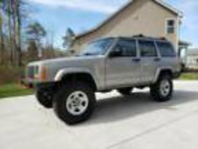 2000 Jeep Cherokee Sport Jeep Cherokee Sport 4x4 96,000 Original Miles - Awesome
