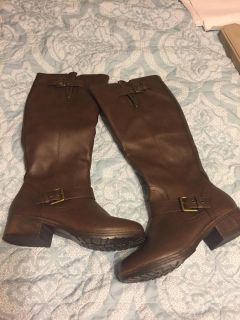 Like new brown tall boots