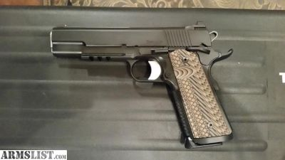 For Sale: Dan Wesson Specialist 1911 45
