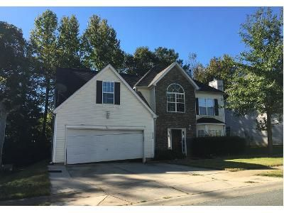3 Bed 2.0 Bath Preforeclosure Property in Charlotte, NC 28216 - Pauline Ln