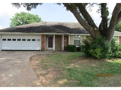 3 Bed 2 Bath Foreclosure Property in Bossier City, LA 71111 - Brown St