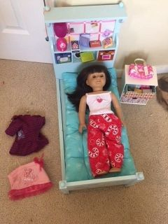 authentic american girl look like you doll 2015 18 inches bed chest & accessories