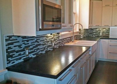 Tile Setter-Bathroom Remodels-Flooring-Kitchens