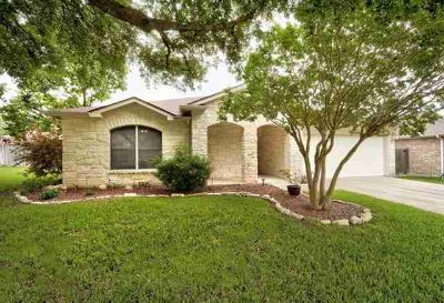 1304 Solitaire Round Rock Three BR, Spacious and very well