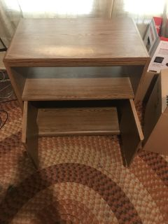 End table/hutch!!