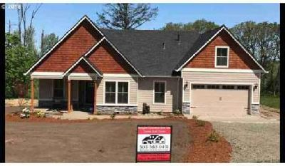 North Oak (lot 23) Albany Three BR, Custom built home by Bergby