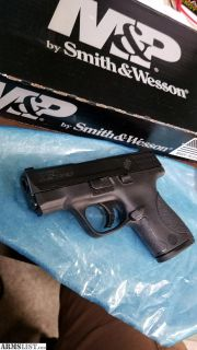 For Sale: Smith & Wesson M&P 9