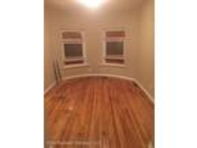 Gorgeous Ready to Move In Remodeled Unit that accepts CHA Vouchers..