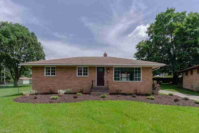 324 East Englewood Dr SEVEN HILLS Three BR, This home rests on a