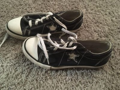 Converse shoes with star