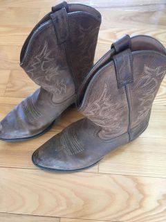 Sz 3 Ariat cowgirl boots