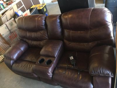 Leather reclining sofa (electric)