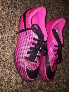 Nike youth size 1.5 soccer cleats