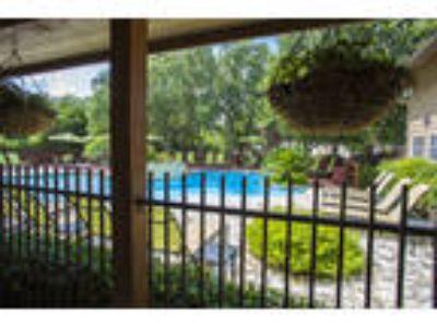 Montecito Apartments - B1 - Willow