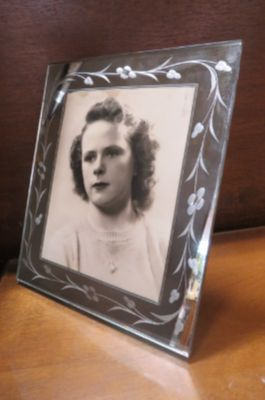 Vintage Antique Art Deco mirrored, etched frame