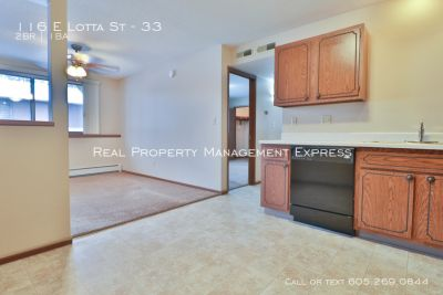 Spacious 2 Bedroom 1 Bath apartment with Central Air in a Quiet Neighborhood!