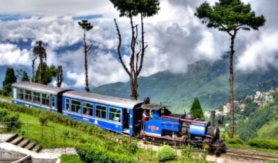 Darjeeling and Gangtok Tour Packages by Balakatours From Kolkata