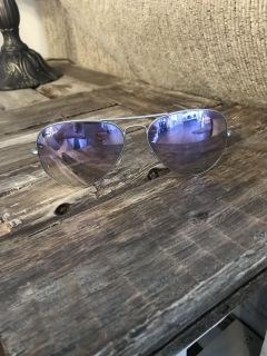 ray-ban aviator sunglasses 58mm lilac mirrored lenses