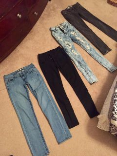 Lot jeans all size 3
