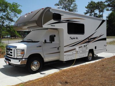 2017 Winnebago SPIRIT 22R