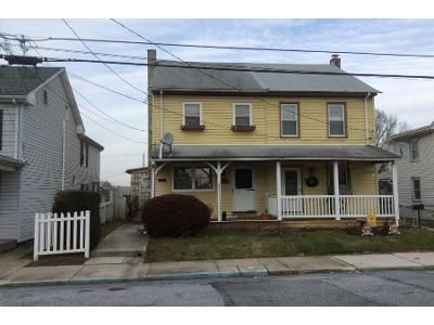3 Bed 1 Bath Preforeclosure Property in Middletown, PA 17057 - Burd St