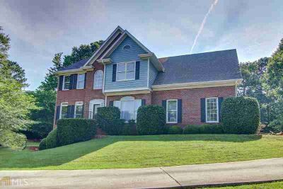 5570 Turnstone Dr SW CONYERS Four BR, Updated and move in ready!