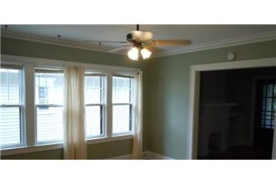 Rochester - Nice newly painted 3 Bedroom 1 bath upper Large kitchen withnew floor.