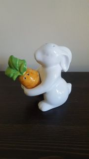 Pier One Easter Bunny Salt and Pepper holder Shakers